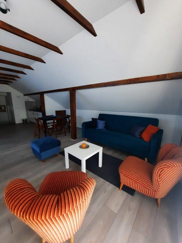 Apartman Galerija, Miladina Pecinara 5, Aranđelovac