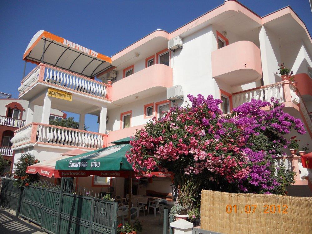 Apartmani FIT, Dobra Voda plaza Veliki Pijesak 76 ulica