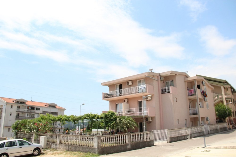 Apart-Vila Petricevic, Mirosica I