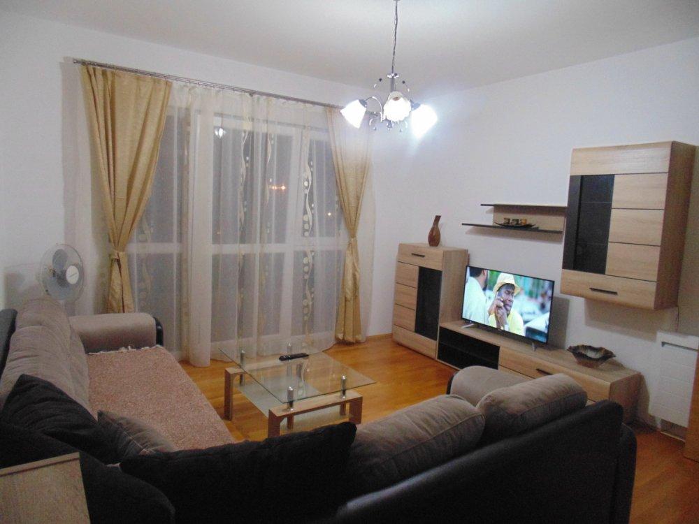 Dvosoban stan na odlicnoj lokaciji, Makedonsko naselje, zgrada A6, Bar