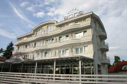 Hotel Atina, Slobodana Kokanovića 5
