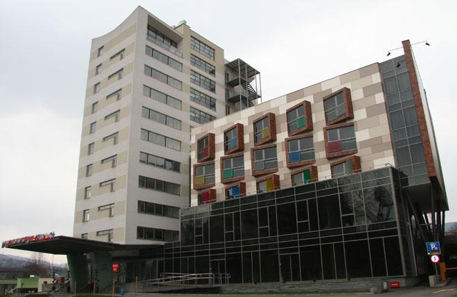 Hotel Dubrovnik, Školska 10