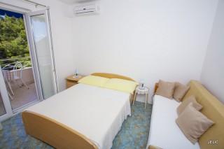 Apartmani smeštaj, Baška Voda, PODSPILINE 42 21320 BAŠKA VODA