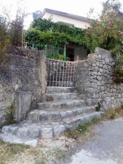Sobe smeštaj, Budva, Beogradska (bivsa ulica Petra Bojovića)