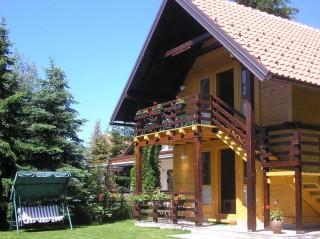 Brvnara Zlatiborski Mir, Zlatibor, Zlatiborska pletilja 6, neposredna blizina centra