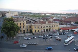 Hosteli smeštaj, Beograd, Karadjordjeva 91/26, Beograd – prekoputa glavne zeleznicke stanice.