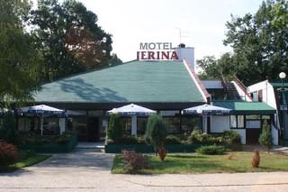 Moteli smeštaj, Smederevo, Motel se nalazi u mestu Malo Orasje, nadomak Smedereva.