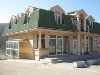 Motel Rado, Kuršumlija, Magistralni put bb