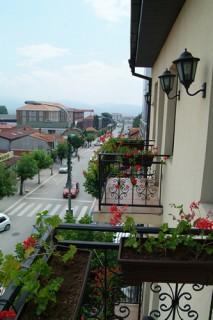 Apartmani smeštaj, Vranje, Prenociste AMICO se nalazi u srcu Vranja, u ulici Svetozara Markovica br. 2a.