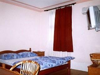 Apartmani smeštaj, Šid, Objekat se nalazi u ulici Kneza Milosa br. 41.