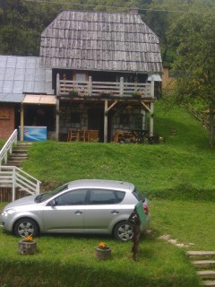 Accommodation - etno village Mokra Gora, Yard, Mokra Gora
