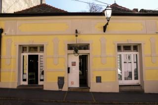 Hosteli smeštaj, Novi Sad, Štrosmajerova 16, 21 131 Petrovaradin