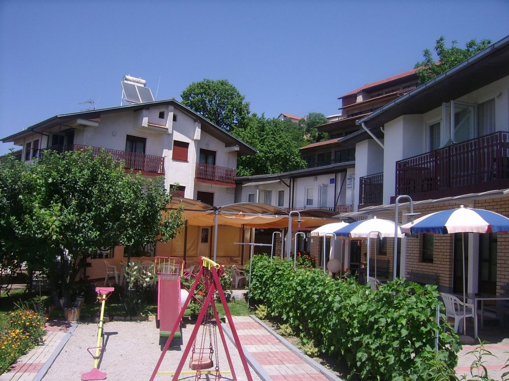 Vila Nikola Ohrid, ul Naum Ohridski bb  vo blizina na BIljanini Izvori